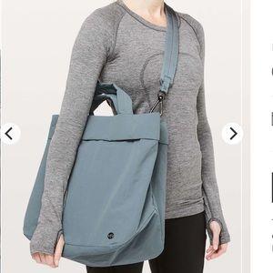 bda81eeb240 lululemon athletica Bags | Lululemon On My Level Bag 19l Nwt Rare ...